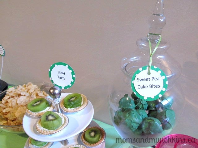 Sweet Pea Baby Shower Cake Bites