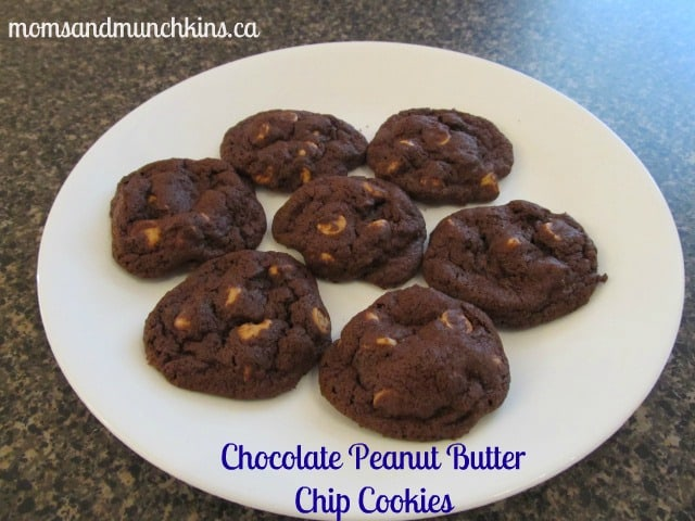 Chocolate Peanut Butter Chip Cookies - Moms & Munchkins
