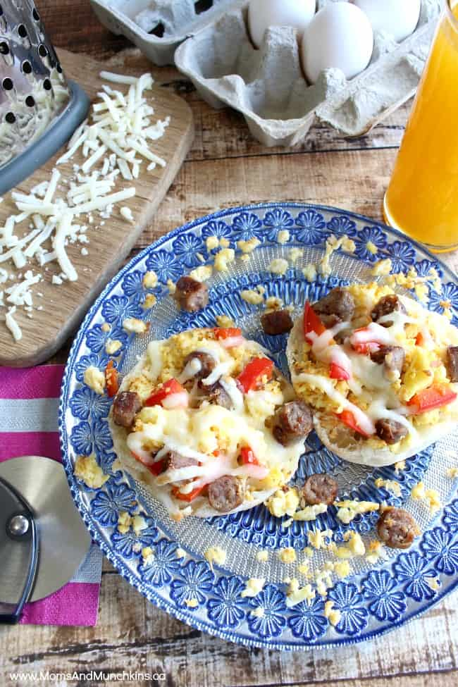 Mini Breakfast Pizzas