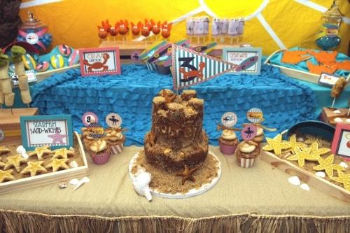 Mimi's Dollhouse Vintage Beach Cake