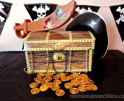 Jake and the Never Land Pirates Party Ideas - Moms & Munchkins