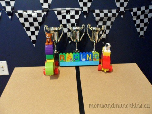 LEGO DUPLO Party Race Track