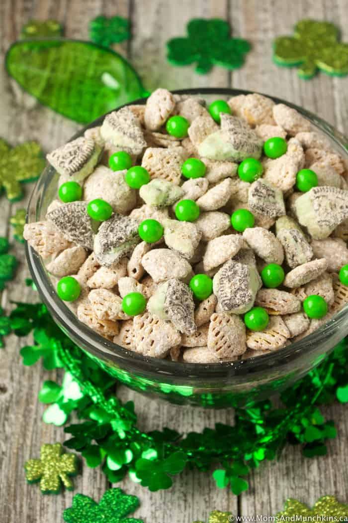 Chocolate Mint St. Patrick's Day Snack Mix
