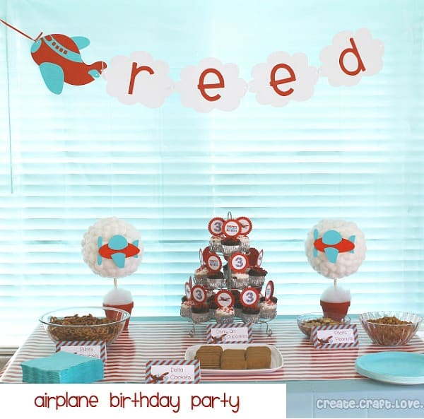 Airplane birthday party get ready for takeoff moms for Airplane party decoration