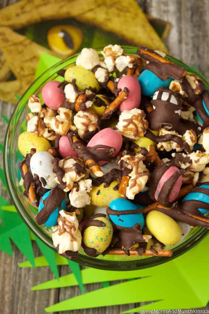 Dinosaur Munch Snack Mix Recipe Moms Amp Munchkins