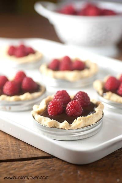 Desserts in Mason Jar Lids