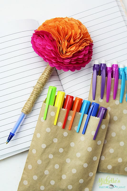 How to make a flower pen moms munchkins how to make a flower pen mightylinksfo