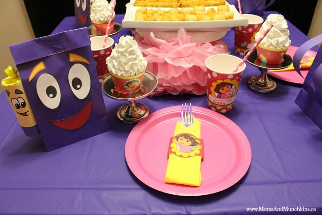 Dora Party Table