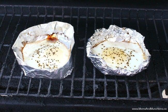 BBQ Breakfast Sandwiches  Moms &amp Munchkins