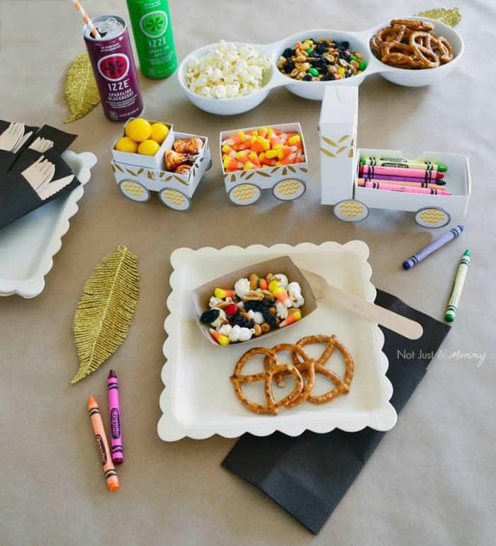 Kids Thanksgiving Table