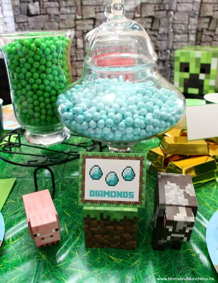 minecraft party ideas moms munchkins. Black Bedroom Furniture Sets. Home Design Ideas