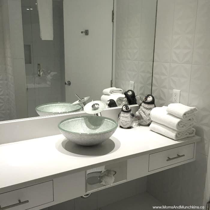 Igloo Room Fantasyland Hotel