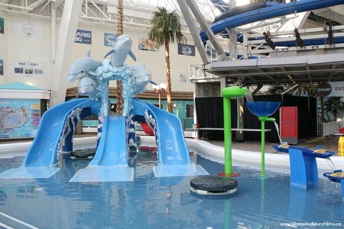 west-edmonton-mall-water-park-10