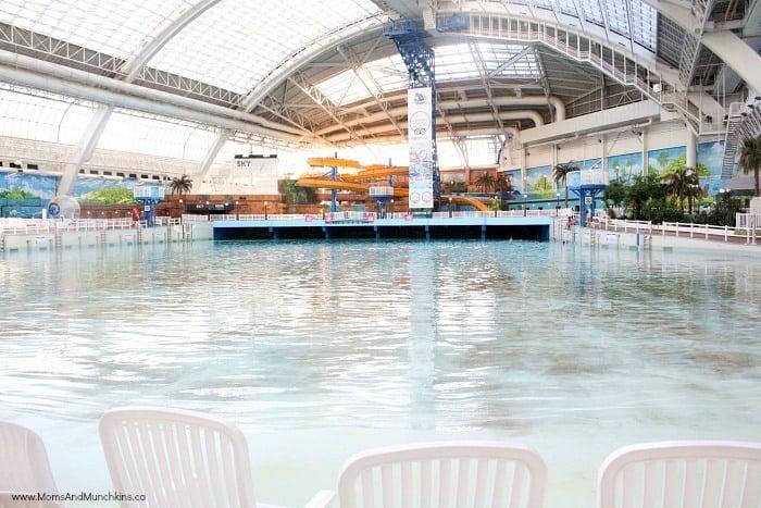 west-edmonton-mall-water-park-2
