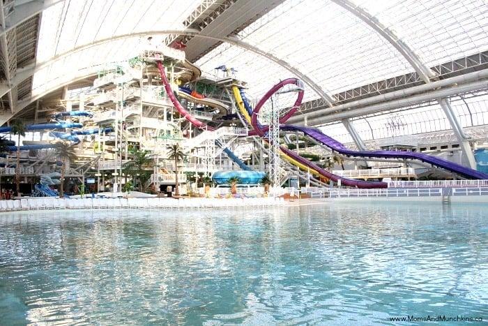west-edmonton-mall-water-park-5