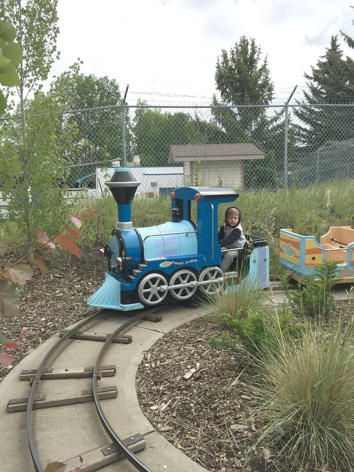 Calgary Family Attractions - Calaway Park