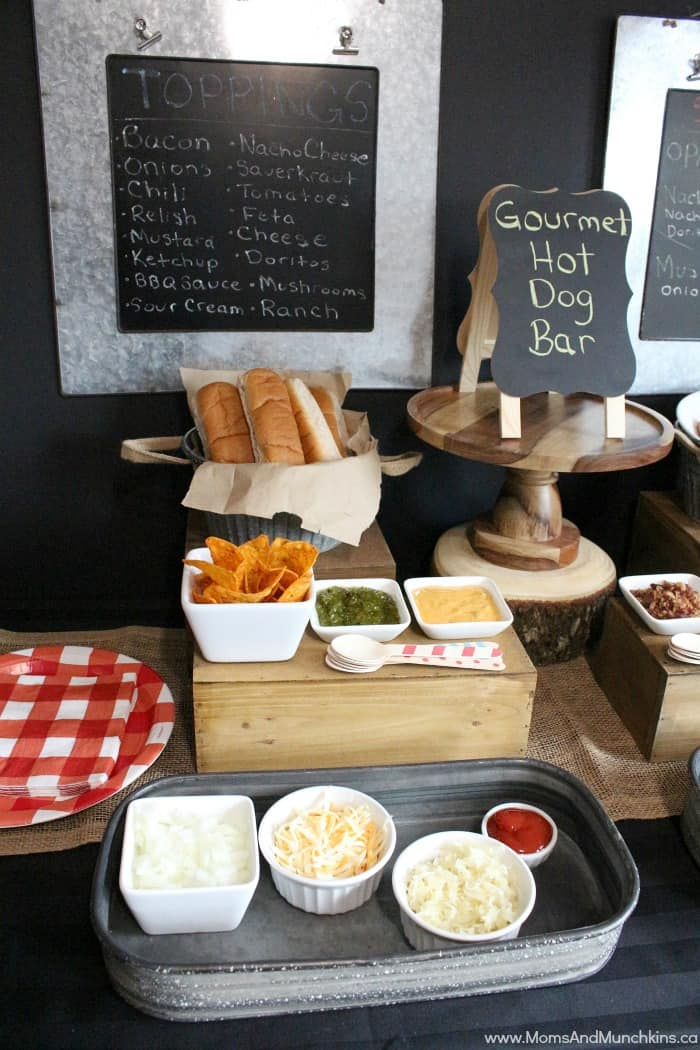 Hot Dog Bar Basics. For my hot dog bar, I used Oscar Mayer Wieners (the perfect amount for a small group of friends), buns, chips, and a big variety of different toppings for guests to choose from. (Seen below.) Tip: Let guests cook their own dogs on the grill nearby, so.