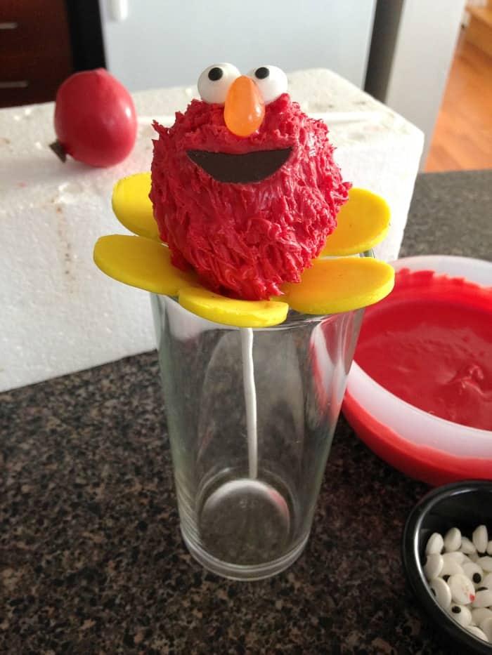 Elmo Flower Cake Pops