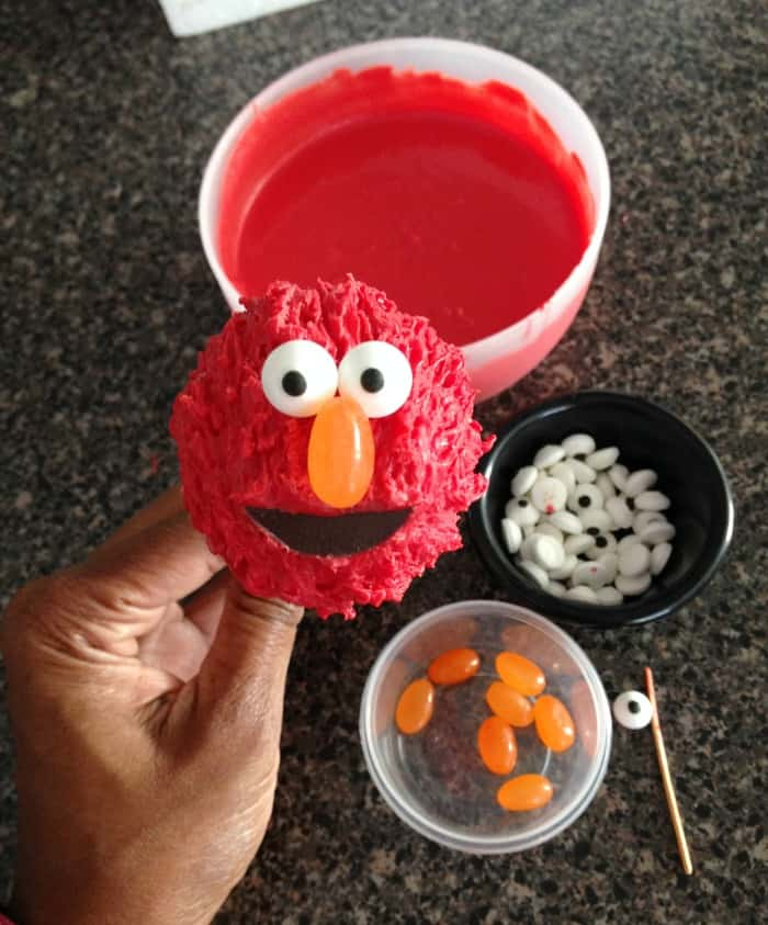 Elmo Flower Cake Pops