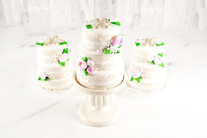 Tiered Mini Wedding Cookie Cakes Tutorial