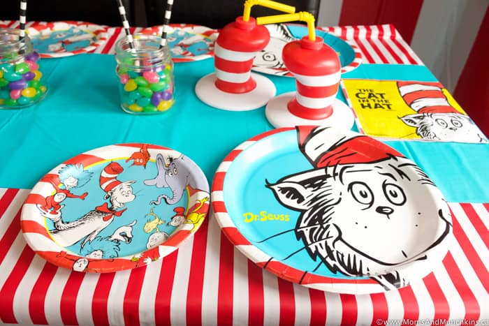 DIY Cat In The Hat Party Decorations