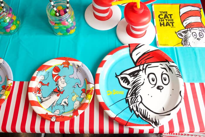 Cat In The Hat Paper Plates