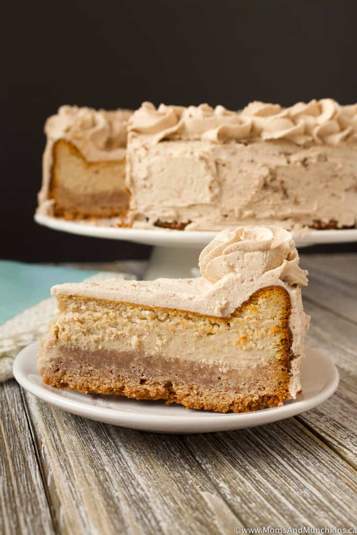 Cinnamon Bun Cheesecake