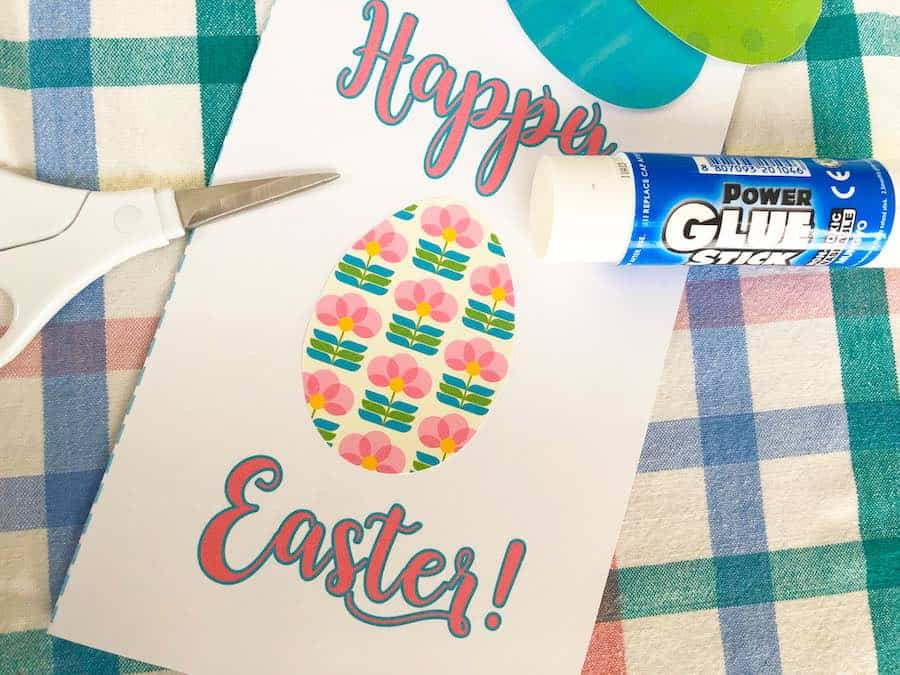Glue first Egg to Card