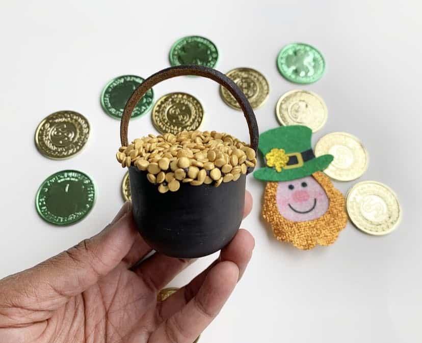 St Patrick's Day Cake Balls