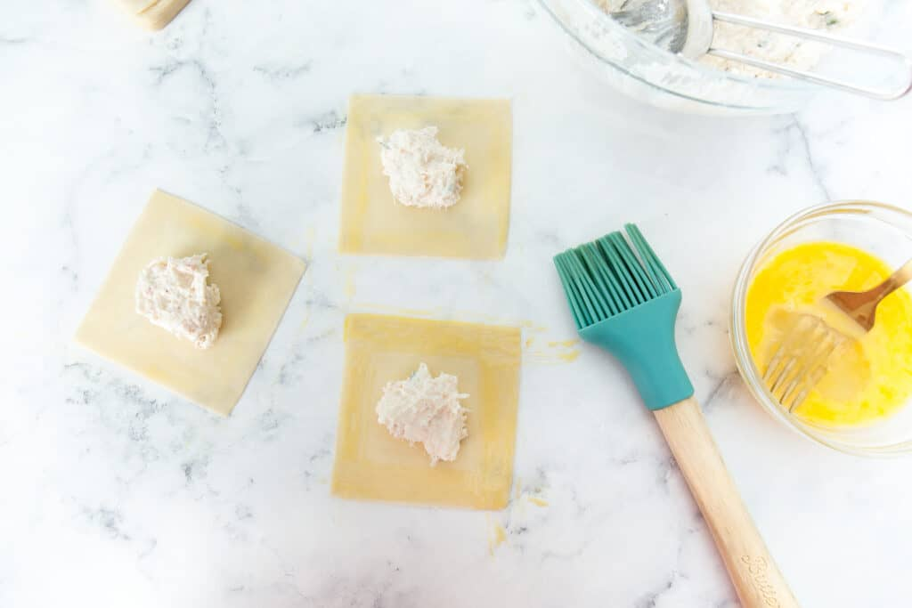 making crab rangoons
